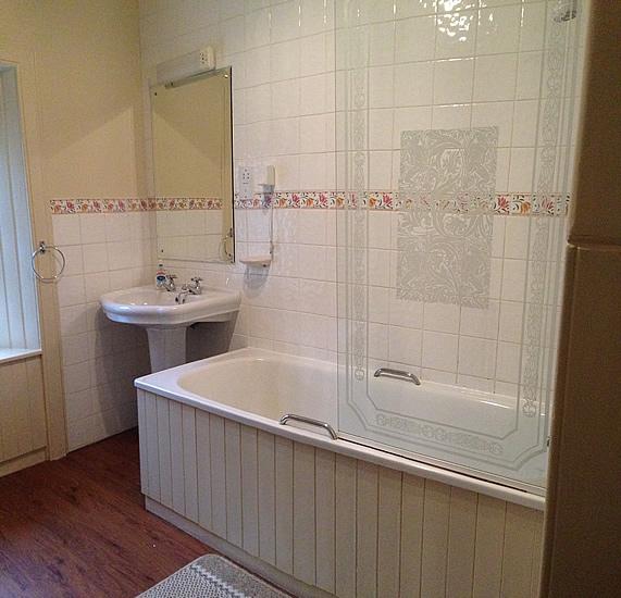 Southlins - Bathroom